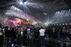 Mye presse som følger prøvene i arenaen - foto: Leif Smith