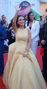 Årets vakreste kjole! Elhaida Dani fra Albania - foto: Leif Smith